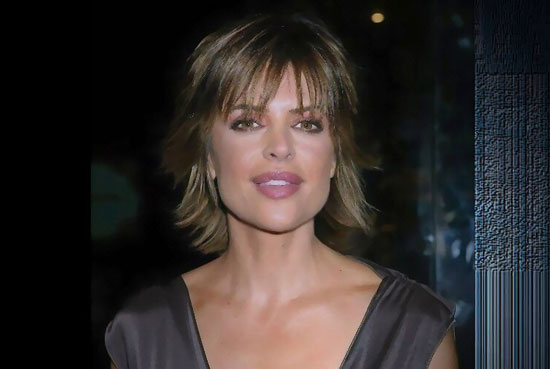 Lisa Rinna Plastic Surgery Lips Augmentation
